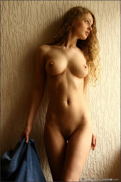 фотографии голой женщины